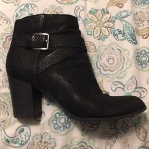 Black Leather Cole Haan Zip Heeled Booties 7.5